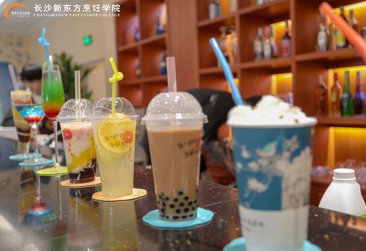 <b>零基础学奶茶,长沙奶茶培训班哪里有?</b>