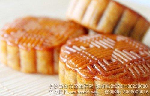 月饼怎么吃才科学——中秋节月饼应该怎么吃