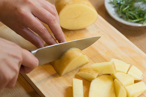 土豆种切块步骤图