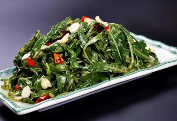 <font color='#FF0000'>长沙新东方教你做小满菜品:凉拌</font>