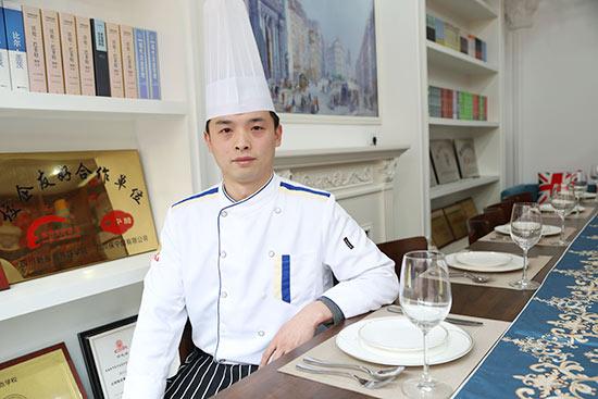 新东方烹饪学校杰出校友王恒