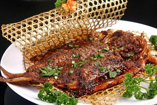 烧烤培训——家常烤鱼的做法