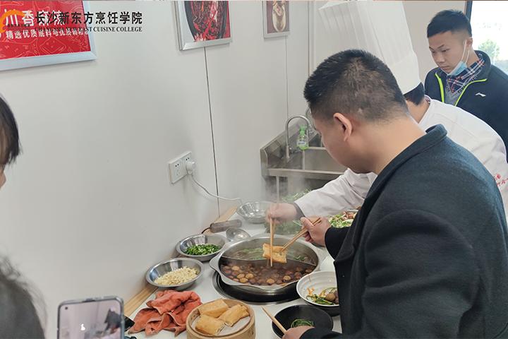 长沙新东方烹饪学院厨师培训—学习时间要多久