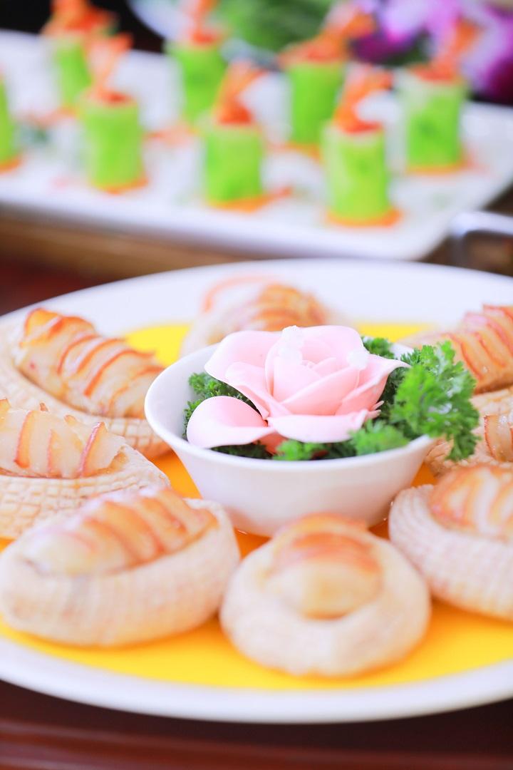 长沙新东方烹饪学院中餐宴席作品5