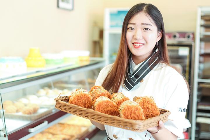 湖南长沙在哪能学蛋糕学奶茶学小龙虾
