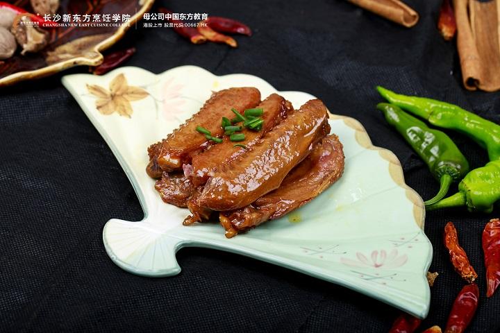 2021年夏季热门创业项目:熟食卤肉