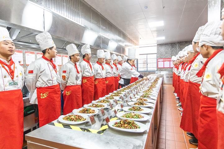 学费价格——长沙新东方烹饪学校学费是多少