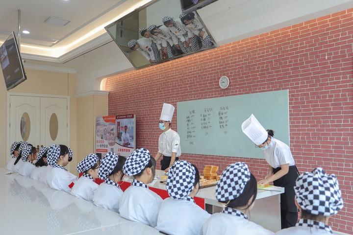 到长沙新东方学西点专业,就业到底是什么体验
