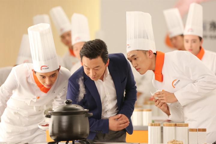 退伍军人学厨师,来长沙新东方烹饪学院