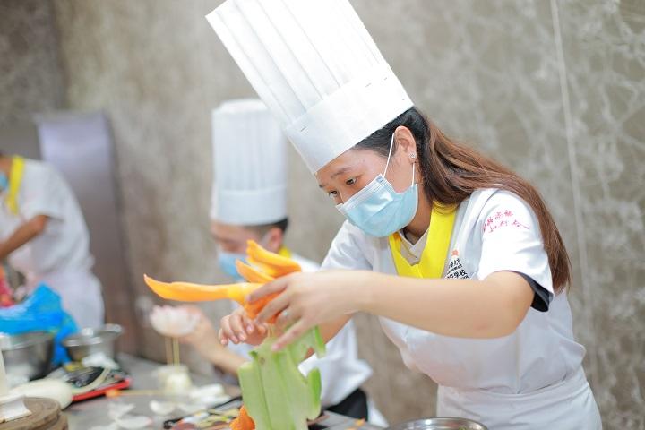 女生选择学厨师有哪些优势